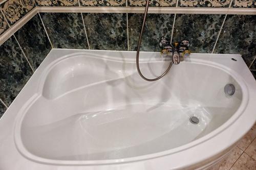 B-fürdőszoba (2)